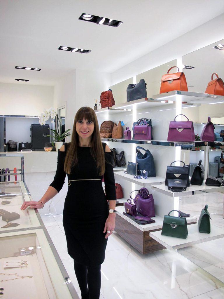 """Chi siamo - La """"Borsetta"""" vuol dire le """"borse Como"""" per eccellenza La Borsetta negozio storico multibrand di Via Indipendenza 22 Como"""