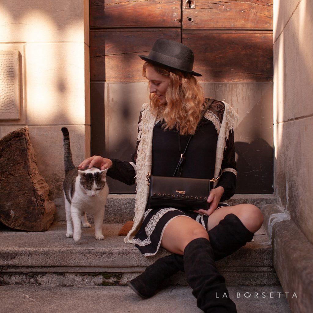 Pochette-Clutch-in-similpelle-Trussardi-Jeans-T-Easy-Colore-Nero-La-Borsetta-Como
